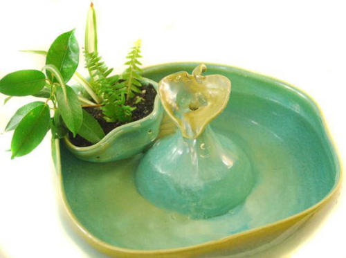 """""""Planter Fountain"""" - Stream Fountain With Detachable Planter and Leaf Center Piece - $240"""